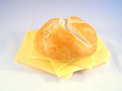 Kaiserbroodje met kaas
